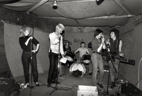 Gli scatti di Sheila Rock e le origini del punk